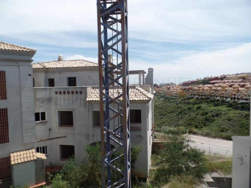development of 274 apartments situated near the golf course of Alcaidesa |