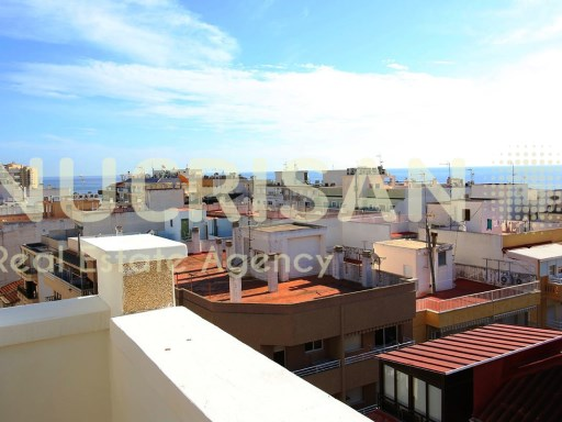 Penthouse in Torrevieja Alicante Costa Blanca sea | 3 Bedrooms | 2WC