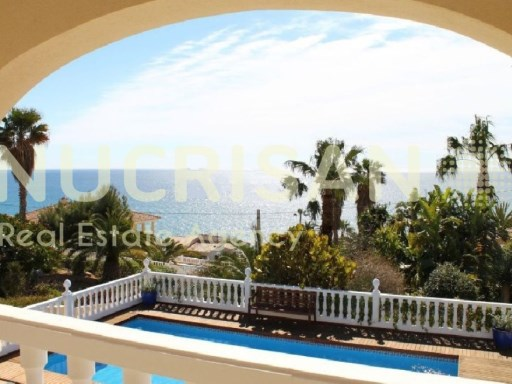 Sale Villa in El Campello town Cliff Lanuza Alicante Costa Blanca. | 4 Bedrooms | 4WC