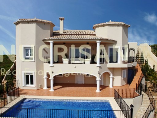 Villa style neoclassical in Benitachell Alicante Costa Blanca | 3 Bedrooms | 4WC