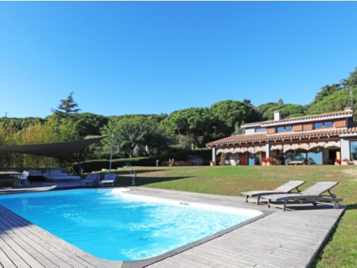 Villa with garden and pool in Cabrera de Mar, 31 km from Barcelona | 6 Bedrooms | 6WC