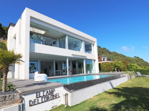 Villa with panoramic sea and mountain views in Cabrils | 3 Bedrooms | 3WC