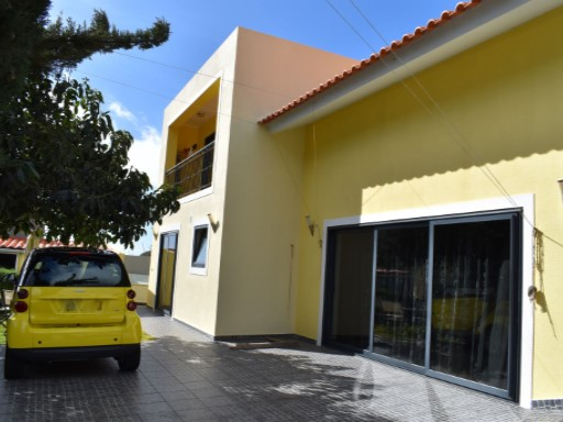 House › Câmara de Lobos | 2 Bedrooms | 2WC