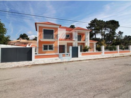 House › Seixal | 5 Bedrooms