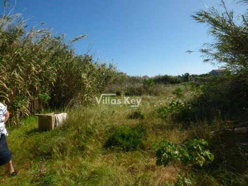 Land with great building areas in Sagres