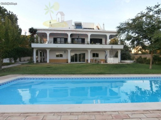 Detached Villa with Sea View | 6 Bedrooms | 4WC