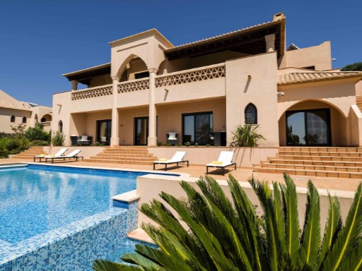 Villa › Silves | 4 Bedrooms | 4WC