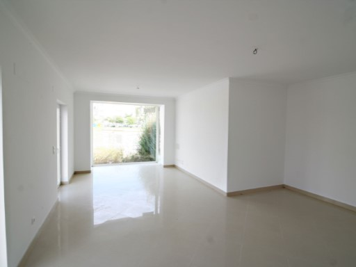 House › Almada | 3 Bedrooms | 3WC
