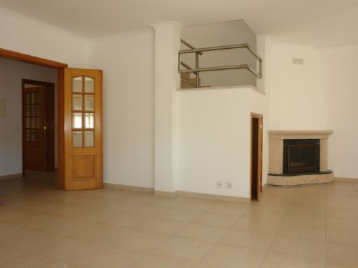 Flat T3 - Central Location - Cercal Alentejo | 3 Slaapkamers | 2WC