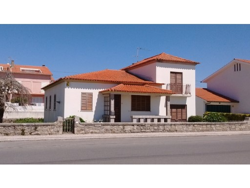 House › Esposende | 4 Bedrooms