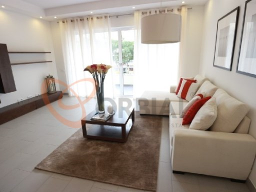 3 bedroom apartment for sale in Albufeira Old Town near the beach | 3 Bedrooms | 2WC