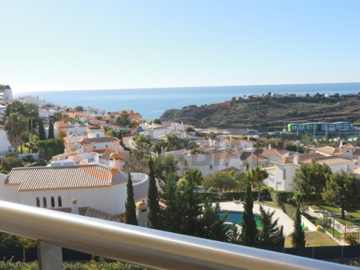 Buy 2 bedroom apartment in Albufeira with swimming pool and a great view of sea | 2 Bedrooms
