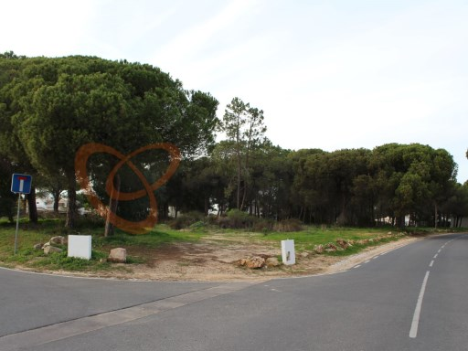 Plot of land for construction in Vilamoura, Algarve |