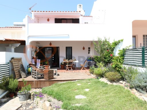 T2 Duplex townhouse in Albufeira with sea view. | 2 Bedrooms | 2WC
