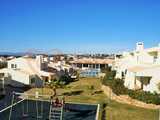1 bedroom apartment for sale with pool in Galé, Albufeira, Algarve | 1 Bedroom | 1WC