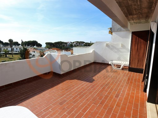 2 bedroom apartment for sale in Albufeira near the beach.  | 2 Bedrooms | 1WC