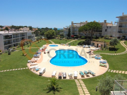 3 bedroom apartment for sale in Albufeira, Algarve.