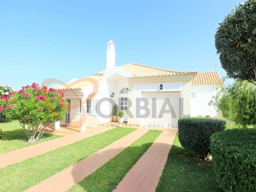Fantastic villa for sale in Albufeira, Algarve, with 3 bedrooms and swimming pool  | 3 Bedrooms | 3WC