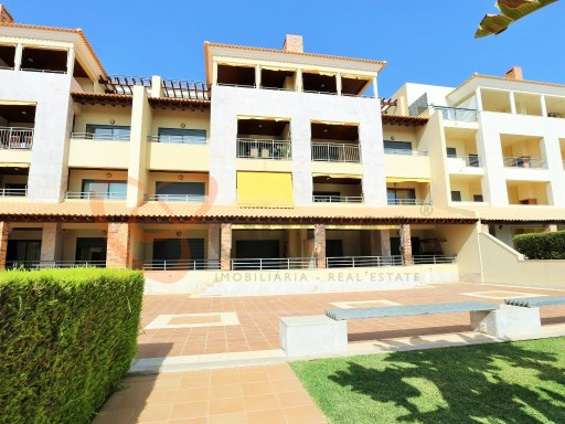 Excellent 2 bedroom apartment for sale in private condominium in Vilamoura  | 2 Bedrooms | 2WC