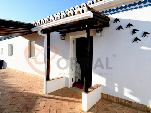 Typical Algarve house for sale | 2 Bedrooms | 2WC