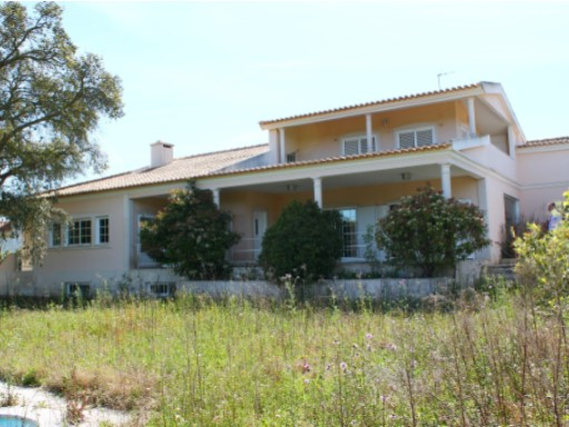 House › Palmela | 5 Bedrooms | 1WC