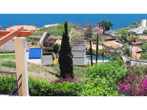 House › Funchal | 3 Bedrooms | 1WC