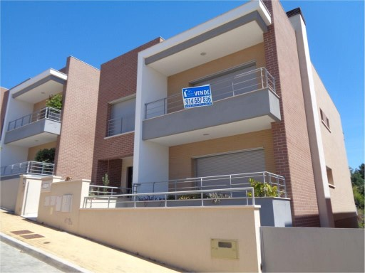 House › Coimbra | 4 Bedrooms | 6WC