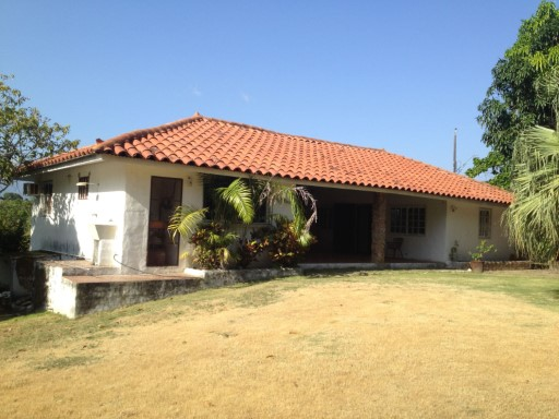 ID 2285 Gorgona - House for Sale with Land | 3 Bedrooms | 2WC