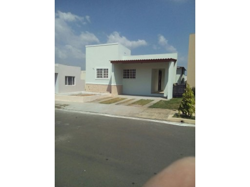 ID 2333. For sale-La Chorrera  | 3 Bedrooms | 1WC