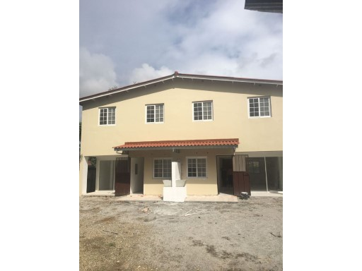 House › David | 3 Bedrooms | 2WC