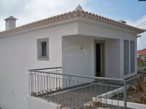Novo - Outstanding Three Bedroom House of Funchal | T3 | 2WC
