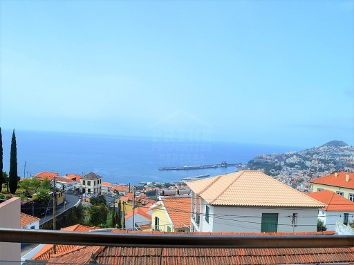 Traditional Madeiran Style House with magnificent bay views! | 3 Bedrooms