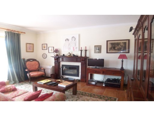 LUXURY TOWNHOUSE in United and necklaces-Sintra WORLD HERITAGE%10/30