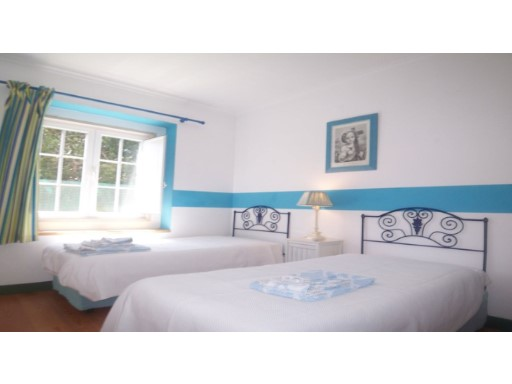 LUXURY TOWNHOUSE in United and necklaces-Sintra WORLD HERITAGE%22/30