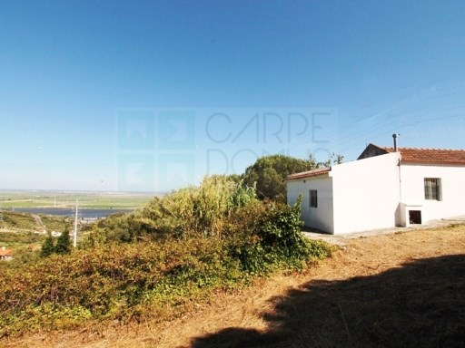 Farm with 3 bedroom villa with panoramic views, 20,760 m2 Plot, Vila Franca de Xira | 3 Bedrooms | 2WC