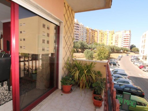 Excellent apartment in Póvoa de Santa Iria | 3 Bedrooms | 2WC