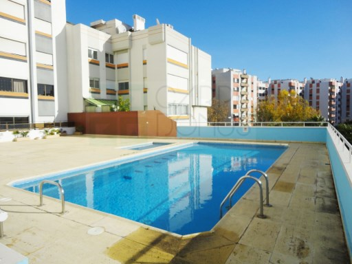 3 bedroom apartment completely refurbished in Beautiful-to-Old | 3 Bedrooms | 2WC