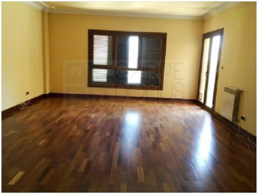 Excellent apartment with garage in Povoa de Santa Iria | 4 Bedrooms | 4WC