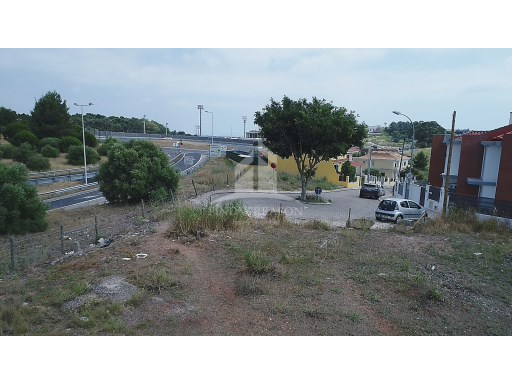 Plot of building land-Caxias, Oeiras |