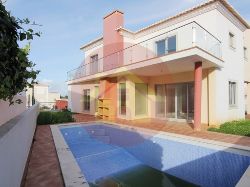 4 Bedroom Villa-Sale-Portimão, Algarve | 4 Bedrooms | 5WC