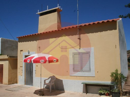 Farm-for sale-House T2-Silves, Algarve | 2 Bedrooms