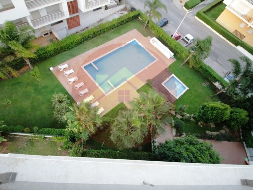 Apartment - Sale- Portimão, Algarve | 3 Bedrooms | 2WC