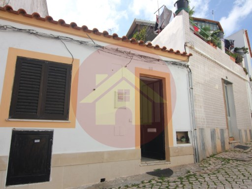 House T1- Sale-Portimão, Algarve | 1 Bedroom | 1WC