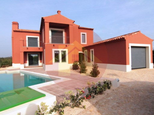 3 bedroom villa-for sale-Lagos-Luz, Algarve | 3 Bedrooms | 3WC