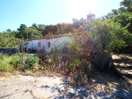 For sale-farm Monchique, Algarve | 2 Bedrooms