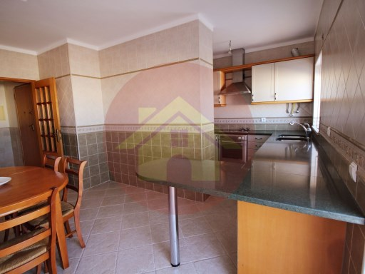 2 bedroom apartment-for sale-Portimao, Algarve | 2 Bedrooms | 1WC
