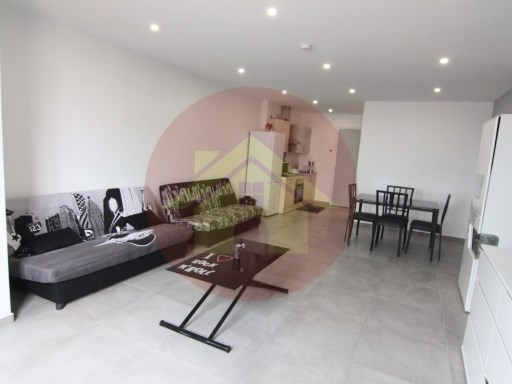 Studio apartment-for rent-Portimao, Algarve | 0 Bedrooms | 1WC