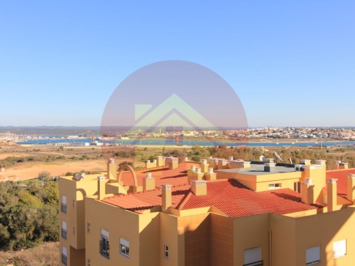 2 bedroom apartment-for sale-Praia da Rocha-Portimão, Algarve | 2 Bedrooms | 1WC