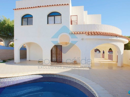 VILLA with 3 bedrooms, 3 bathrooms, large plot and pool in BOLNUEVO. | 3 Bedrooms | 3WC