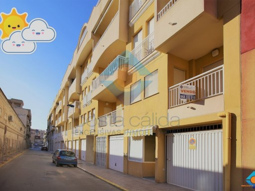 FLAT OF 2 BEDROOMS NEXT TO THE PORT. | 2 Bedrooms | 1WC